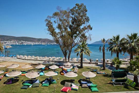 SALMAKIS BEACH RESORT & SPA 5 *