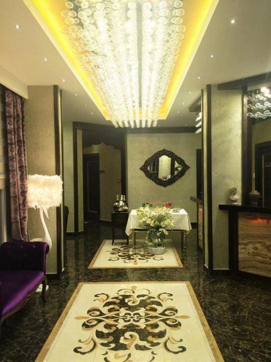 IDEAL PICCOLO HOTEL 4*