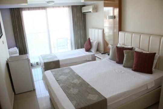 TEMPLE BEACH HOTEL 3*