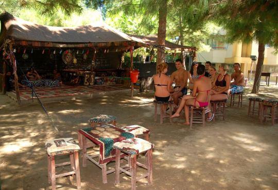 FLORA SUITES 3*