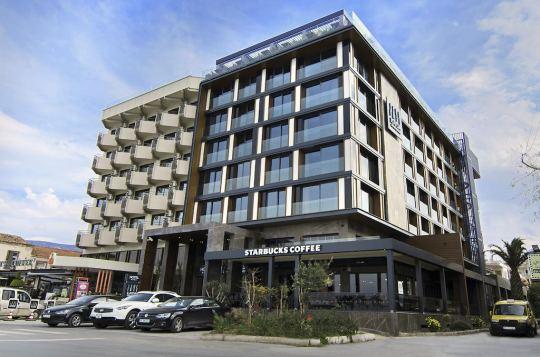 ILAYADA AVANGARDE HOTEL 4*