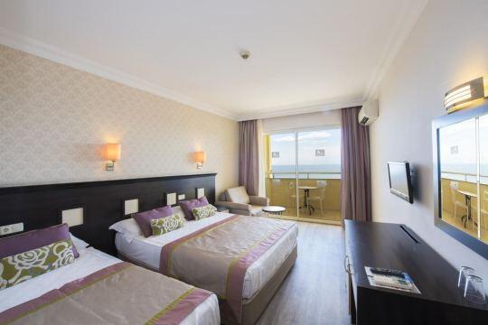 ALEGRIA HOTEL & SPA SIDE 4*