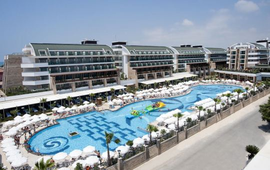 CRYSTAL WATERWORLD RESORT & SPA - 5*
