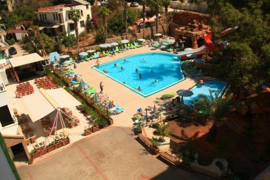 GREEN LIFE HOTEL 4*
