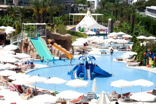 MIRACLE RESORT HOTEL 5*
