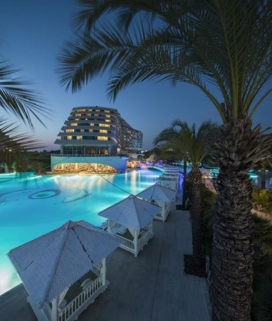 TITANIC BEACH RESORT - 5*