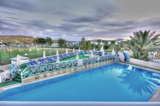 EKEN RESORT 4*