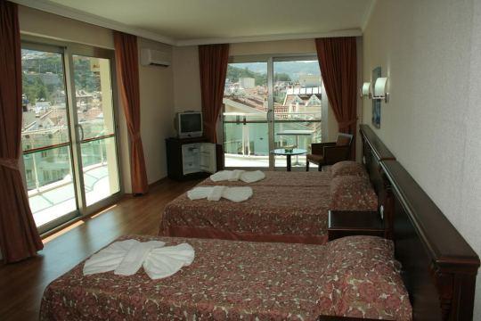 ALKAN HOTEL 3*